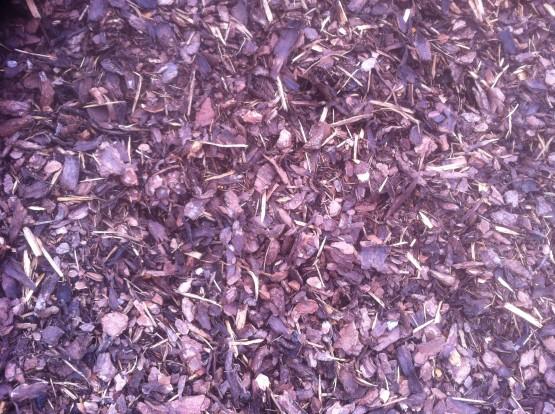 TÄCKBARK 0/30 - Materialet är avsett för täckning av rabatter för att förhindra ogräs.