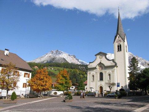 Aktivitäten Pfarrkirche von St. Vigil in Enneberg