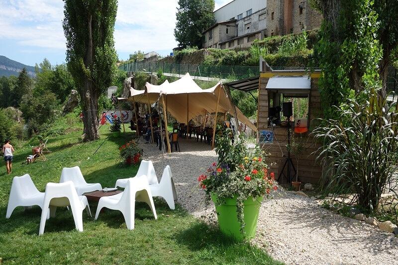 Canoë café (restaurant buvette)