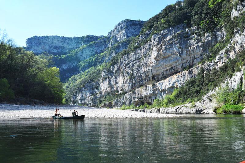 Descente de l'ardèche en canoë avec Bivouac - 32km