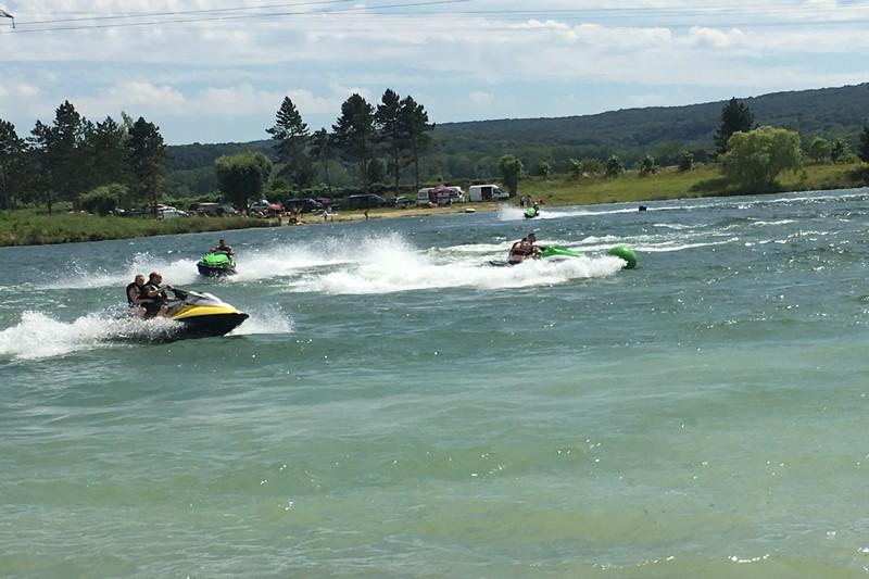 Mis à l'eau jet ski