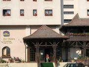 Hoteluri Husi