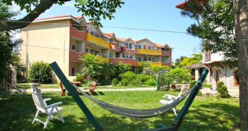 Hotel Jakuzzi Vama Veche la cel mai mic tarif garantat ...