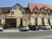 Hoteluri Sinpetru