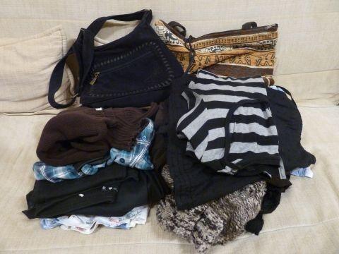 továbbadásra váró ruhák