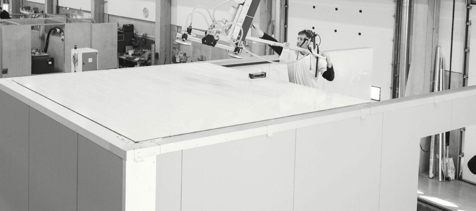 Kundanpassade lösningar. <br /> Prefabricerade och provade i fabriksmiljö. <br /> Redo att användas direkt.