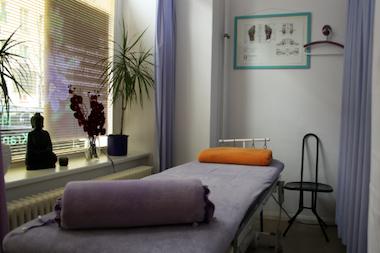 Ein Behandlungsraum für unsere klassischen und alternativen Physiotherapie-Leistungen