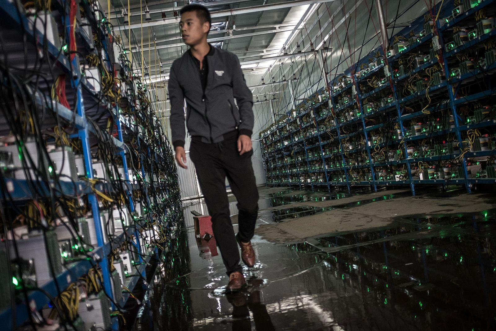 Невеселая ферма: майнинг биткоинов в китайских масштабах
