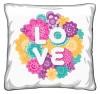 Poduszka z nadrukiem LOVE kwiaty 154589