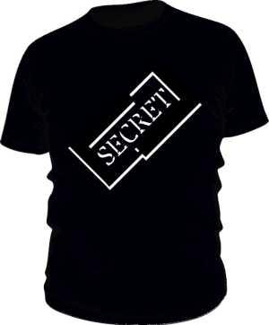 Czarna koszulka z logiem