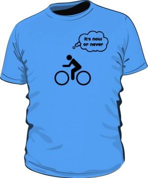 Koszulka z nadrukiem 8370