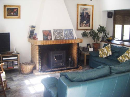 6 Bedroom Country House for Sale in Cortes De La Frontera