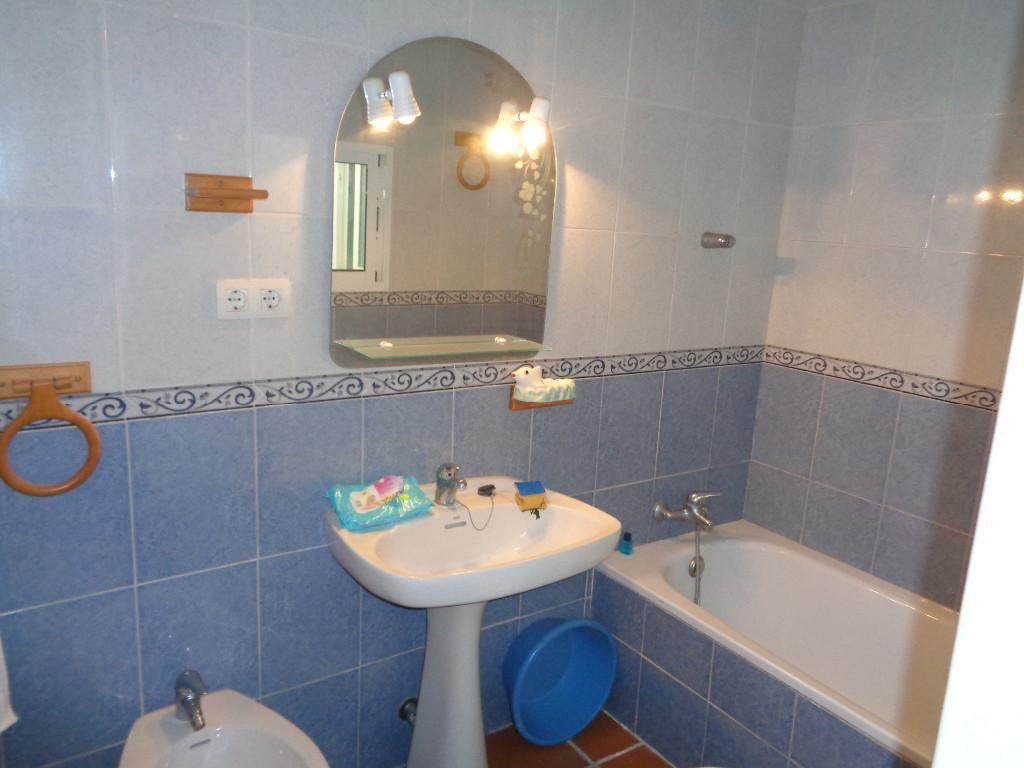 4 Bedroom Town House for Sale in Jimena De La Frontera