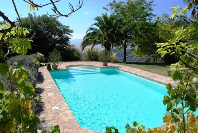 10 Bedroom Country House for Sale in Gaucin