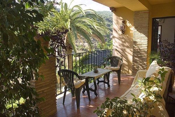 6 Bedroom Country House for Sale in Jimena De La Frontera