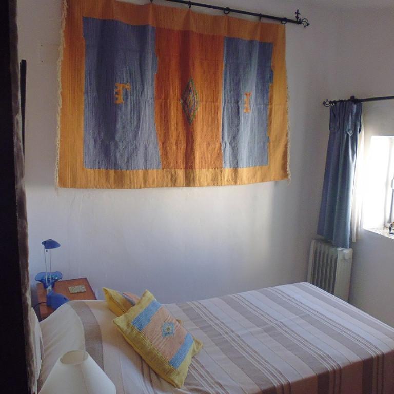 2 Bedroom Pueblo-Village House for Sale in Jimena De La Frontera