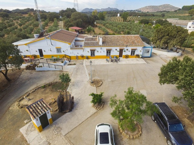 12 Bedroom Commercial for Sale in Archidona