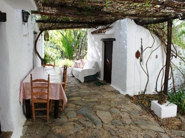 4 Bedroom Country House with guest accommodation for Sale in Casares