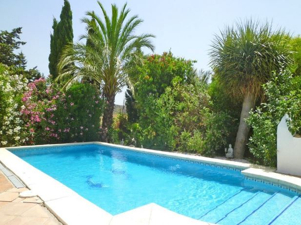 6 Bedroom Equestrian for Sale in Casares