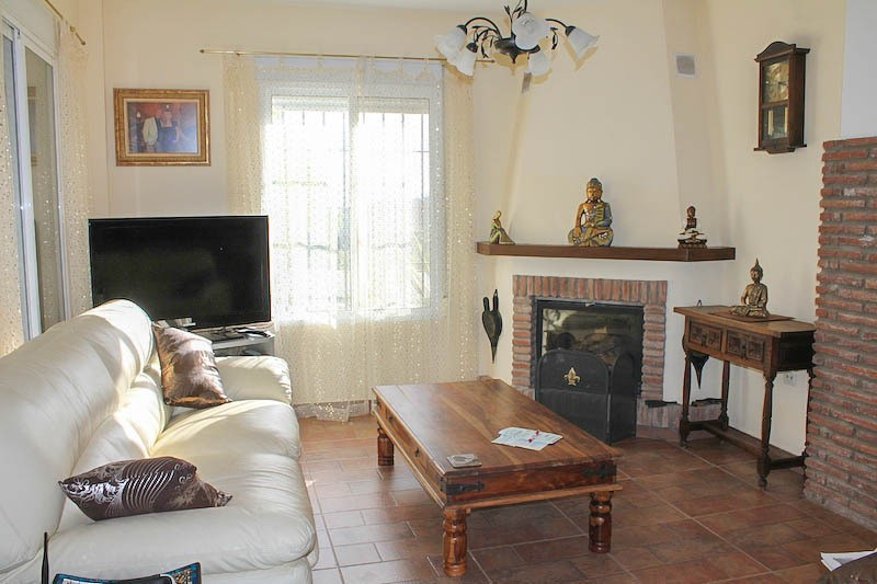 4 Bedroom Equestrian for Sale in Pizarra