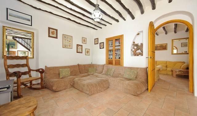 11 Bedroom Rural tourism busine for Sale in Iznajar