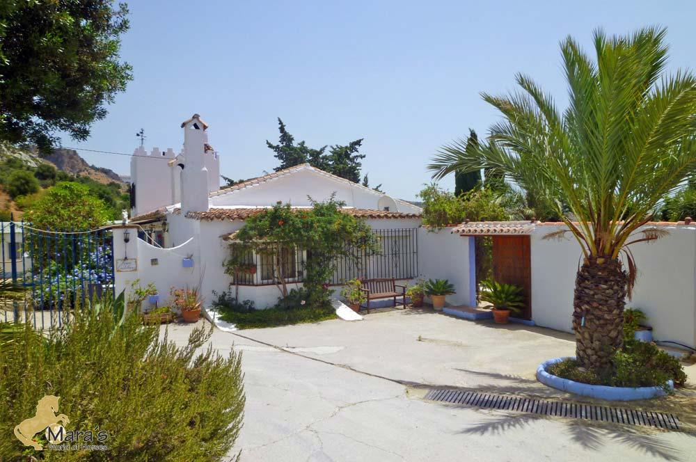 7 Bedroom Finca for Sale in Casares