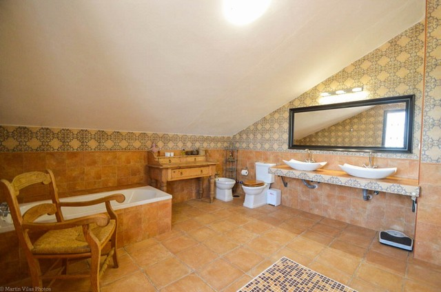 5 Bedroom Equestrian for Sale in Pizarra