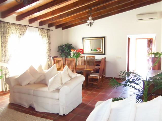 3 Bedroom Equestrian for Sale in Alhaurin El Grande