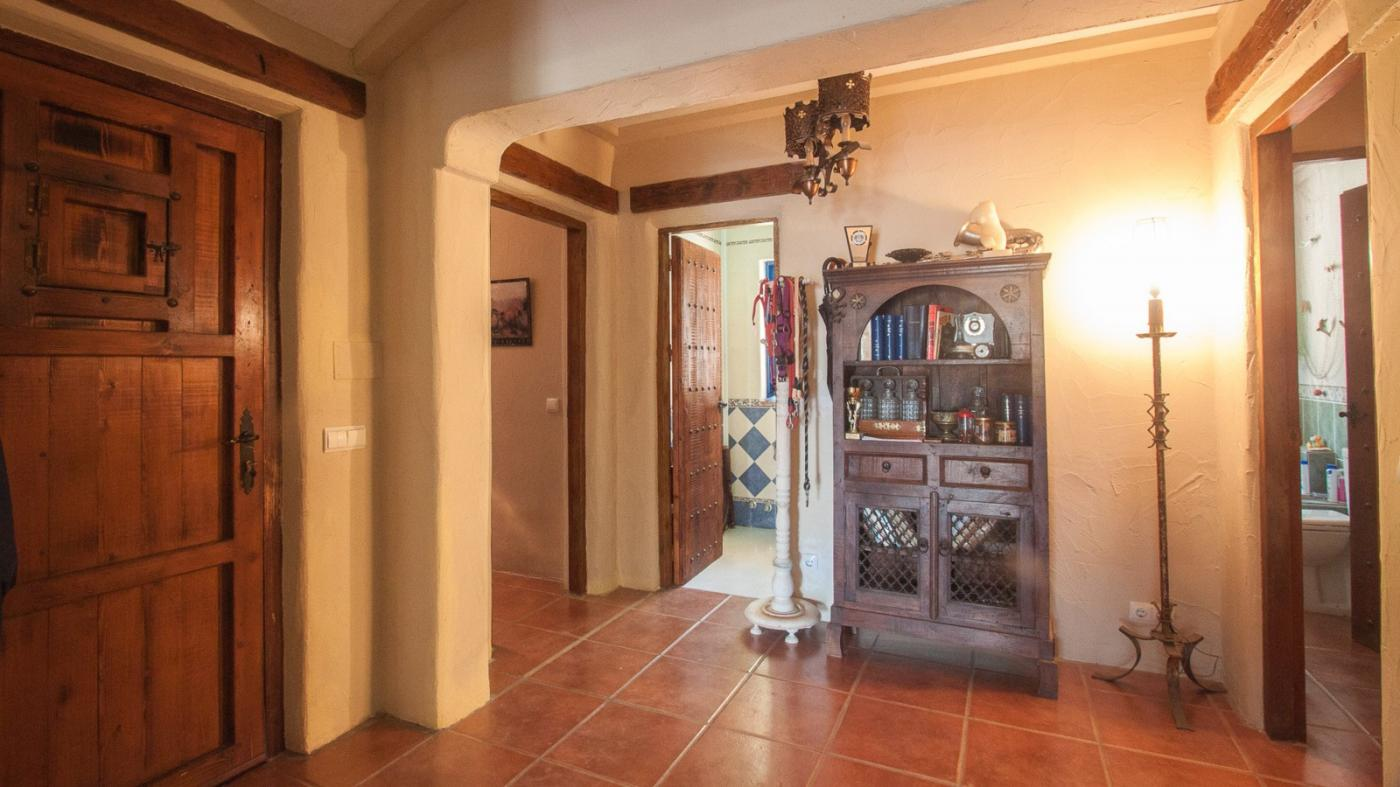 2 Bedroom Country House for Sale in Estepona