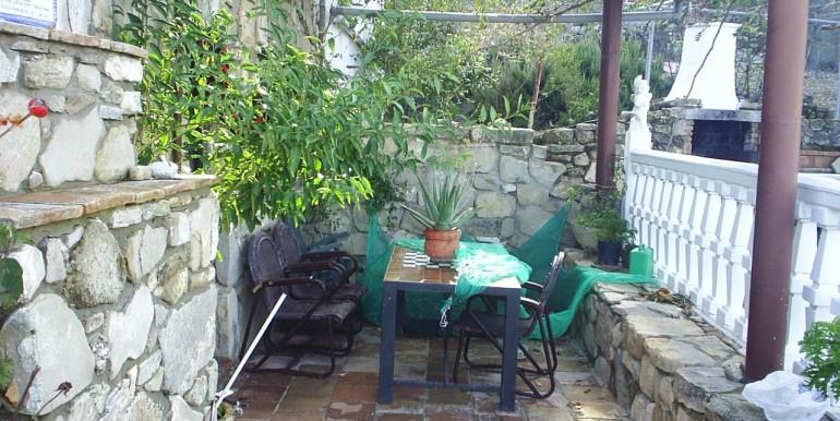 4 Bedroom Country House for Sale in Iznajar