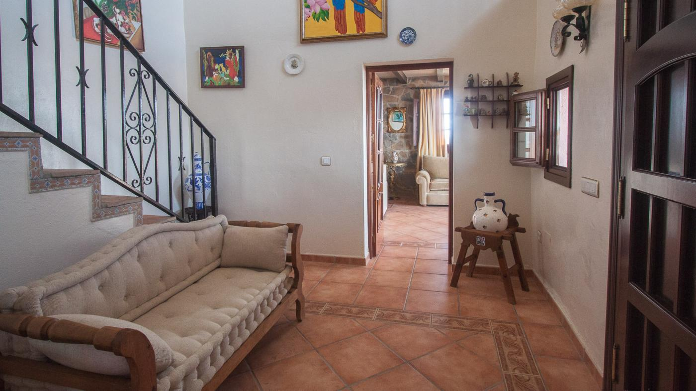 3 Bedroom Country House for Sale in Casares