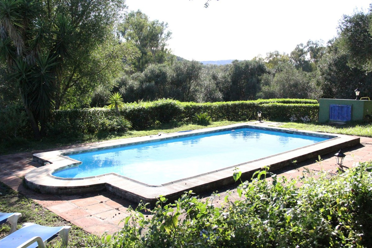 3 Bedroom Equestrian for Sale in San Martin Del Tesorillo