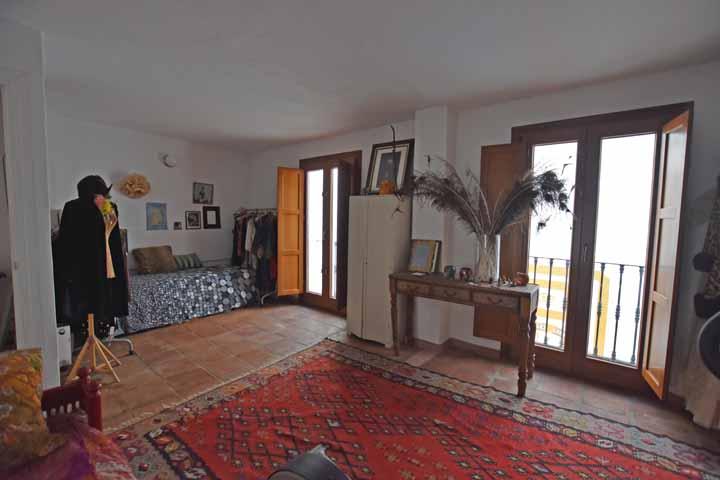 2 Bedroom Village House for Sale in Gaucin