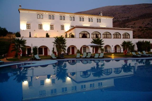 42 Bedroom Hotels and hostal for Sale in Loja