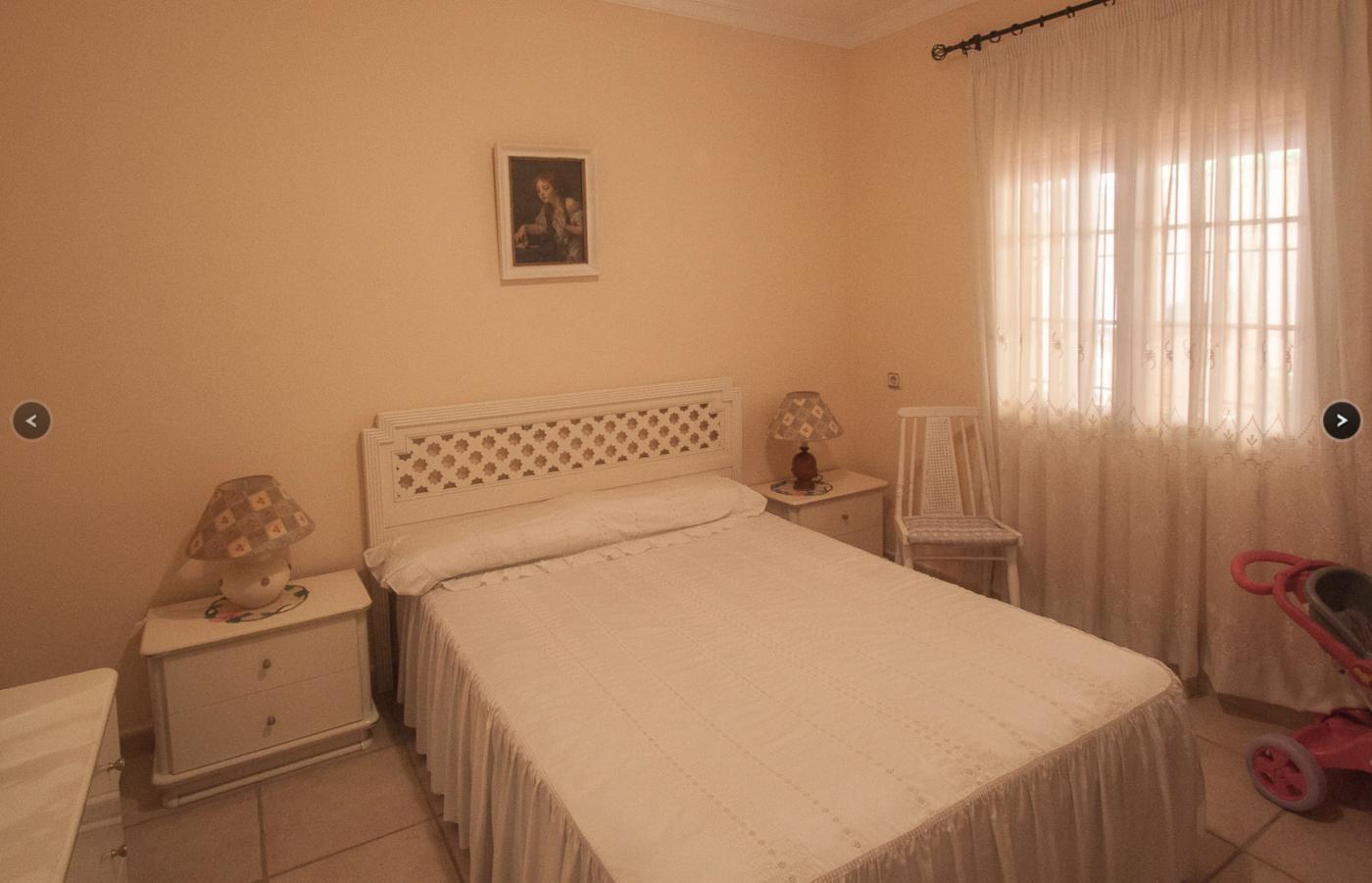 6 Bedroom Finca for Sale in Estepona