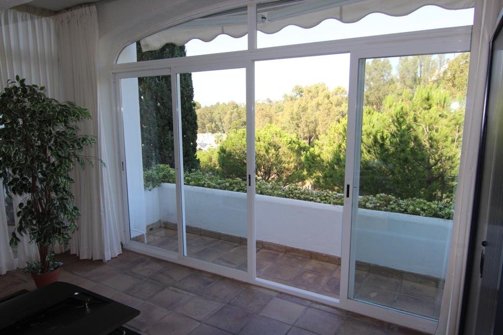 1 Bedroom Apartment for Sale in Benahavis |