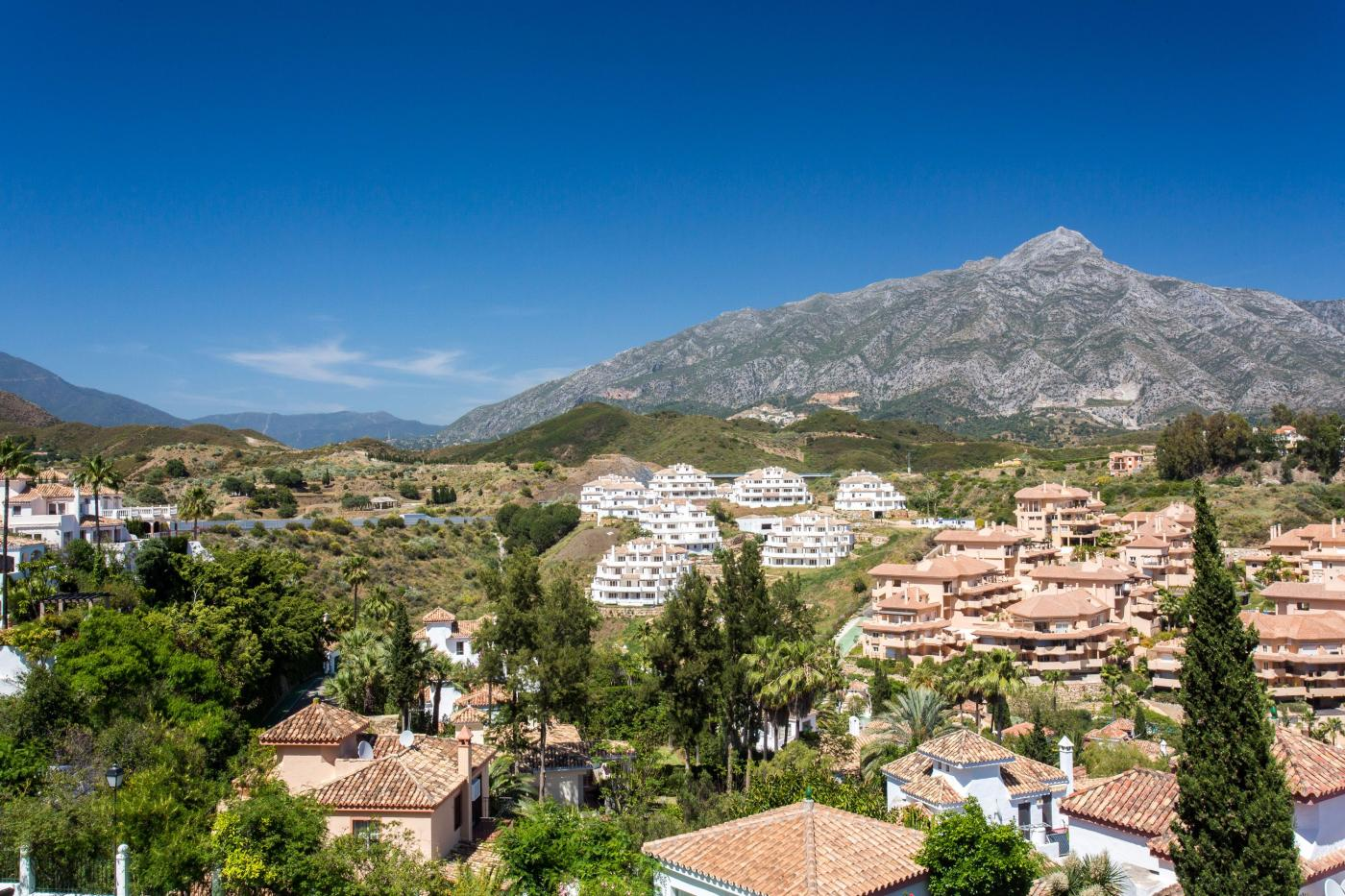 3 Bedroom Penthouse for Sale in Nueva Andalucia |