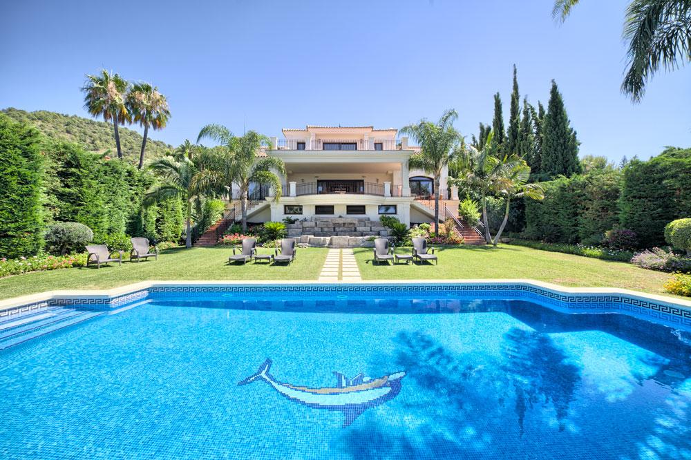 7 Bedroom Villa for Sale in Marbella |