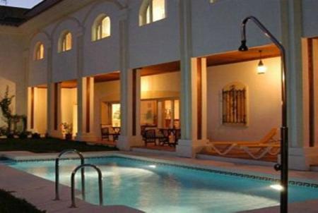 11 Bedroom Hotels and hostal for Sale in Torremolinos |