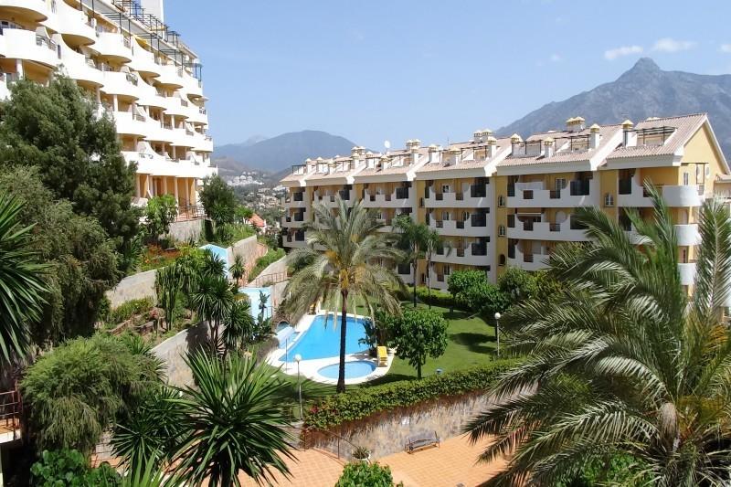 3 Bedroom Duplex for Sale in Nueva Andalucia |
