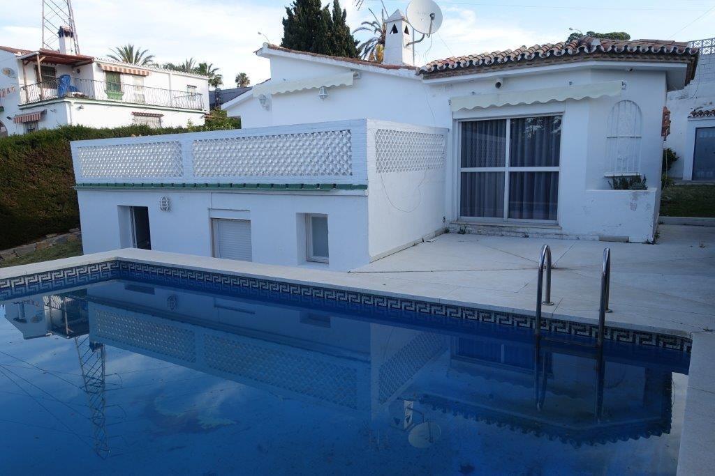3 Bedroom Villa for Sale in Nueva Andalucia |