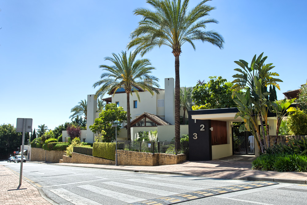 3 Bedroom Apartment for Sale in Marbella |
