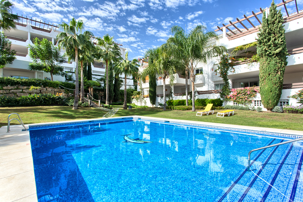 2 Bedroom Apartment for Sale in Estepona |