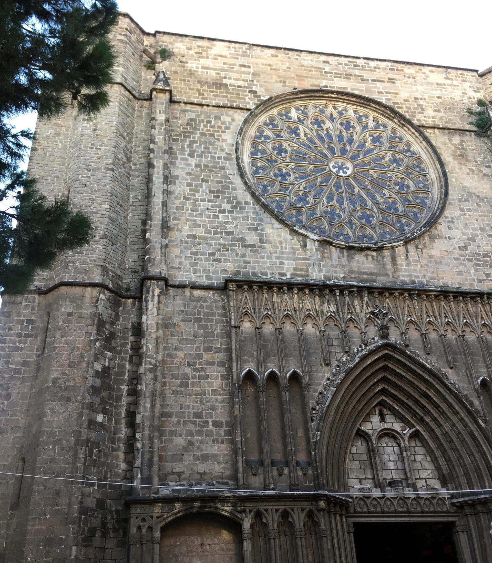 barcelona zabytki gotyk kościół santa maria del pi iglawpodrozy