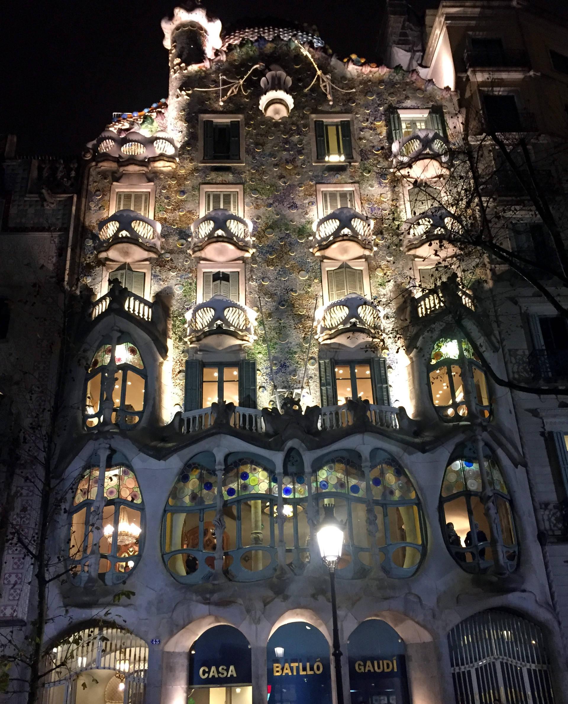 barcelona casa batllo gaudi zabytki iglawpodrozy