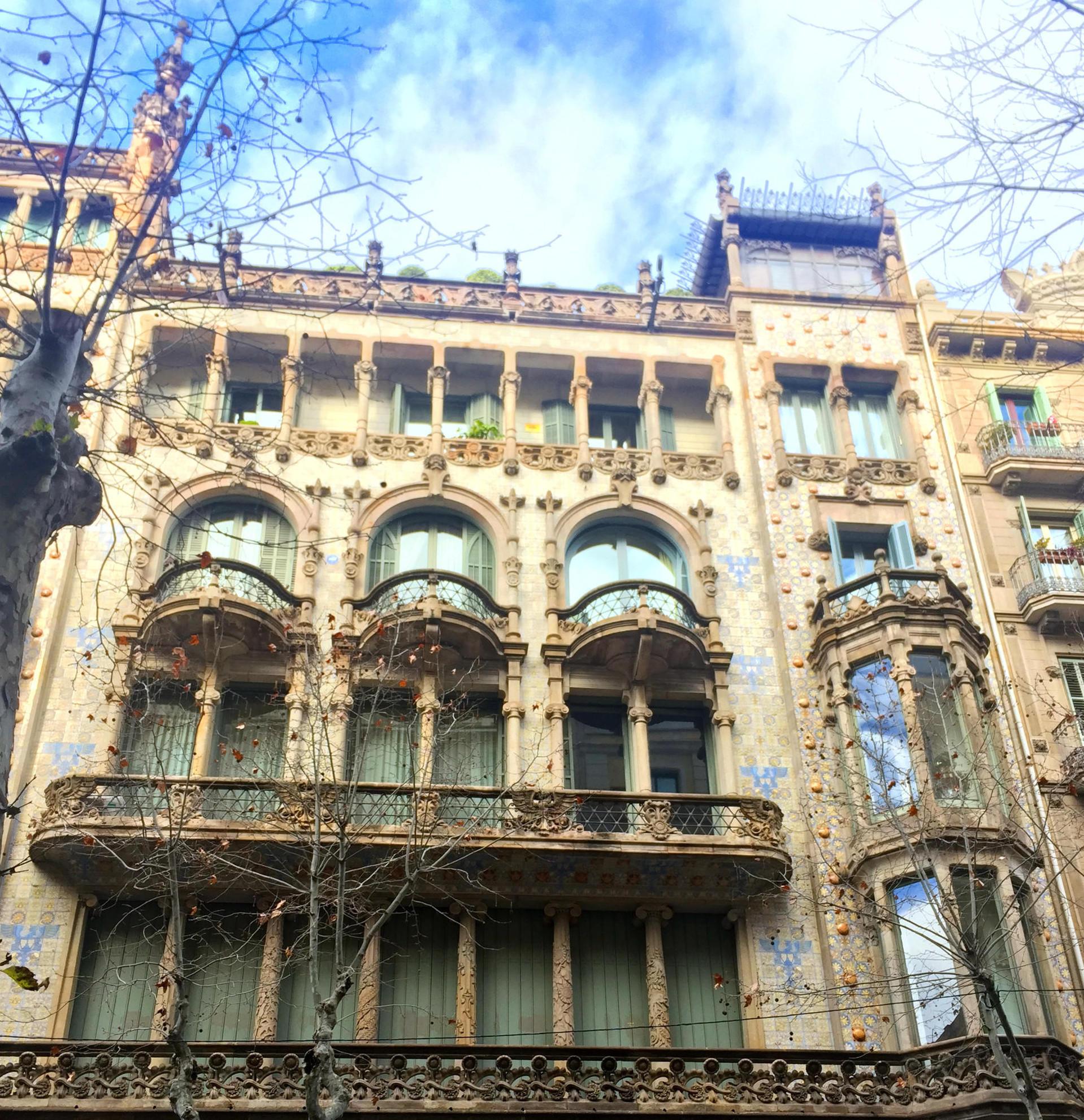 barcelona architektura budynki iglawpodrozy