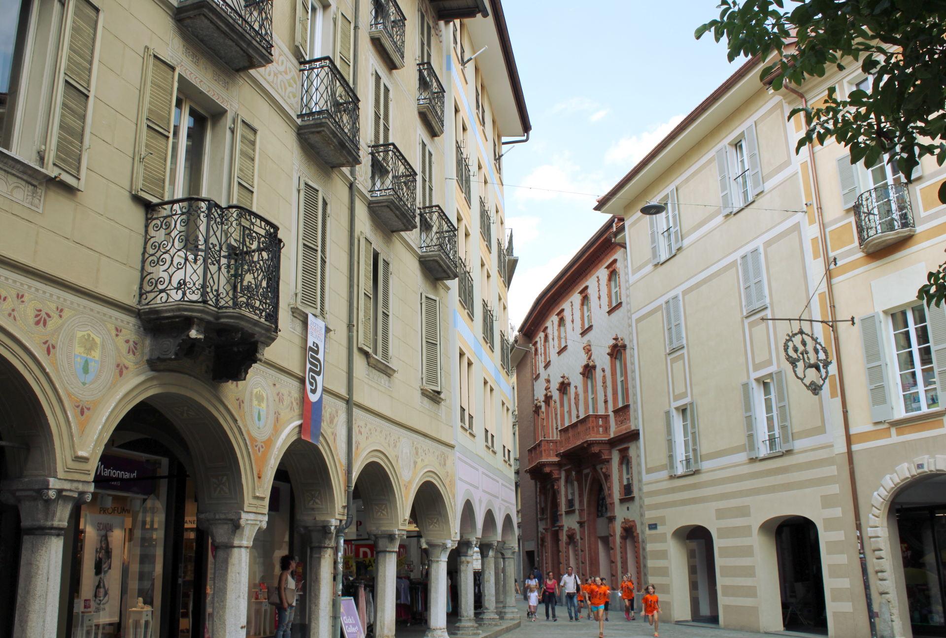 ulice miasta: Bellinzona iglawpodrozy