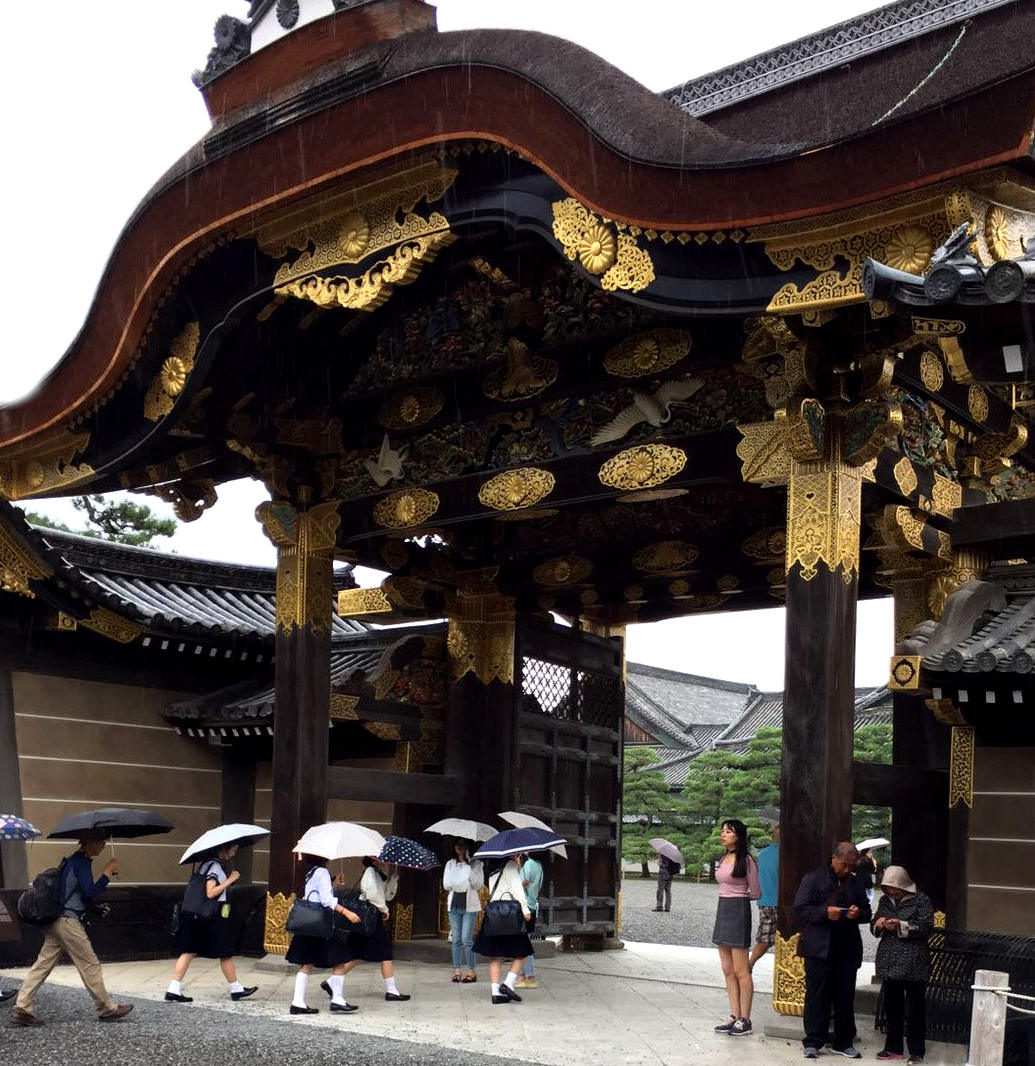japonia świątynia mundurki kioto iglawpodrozy