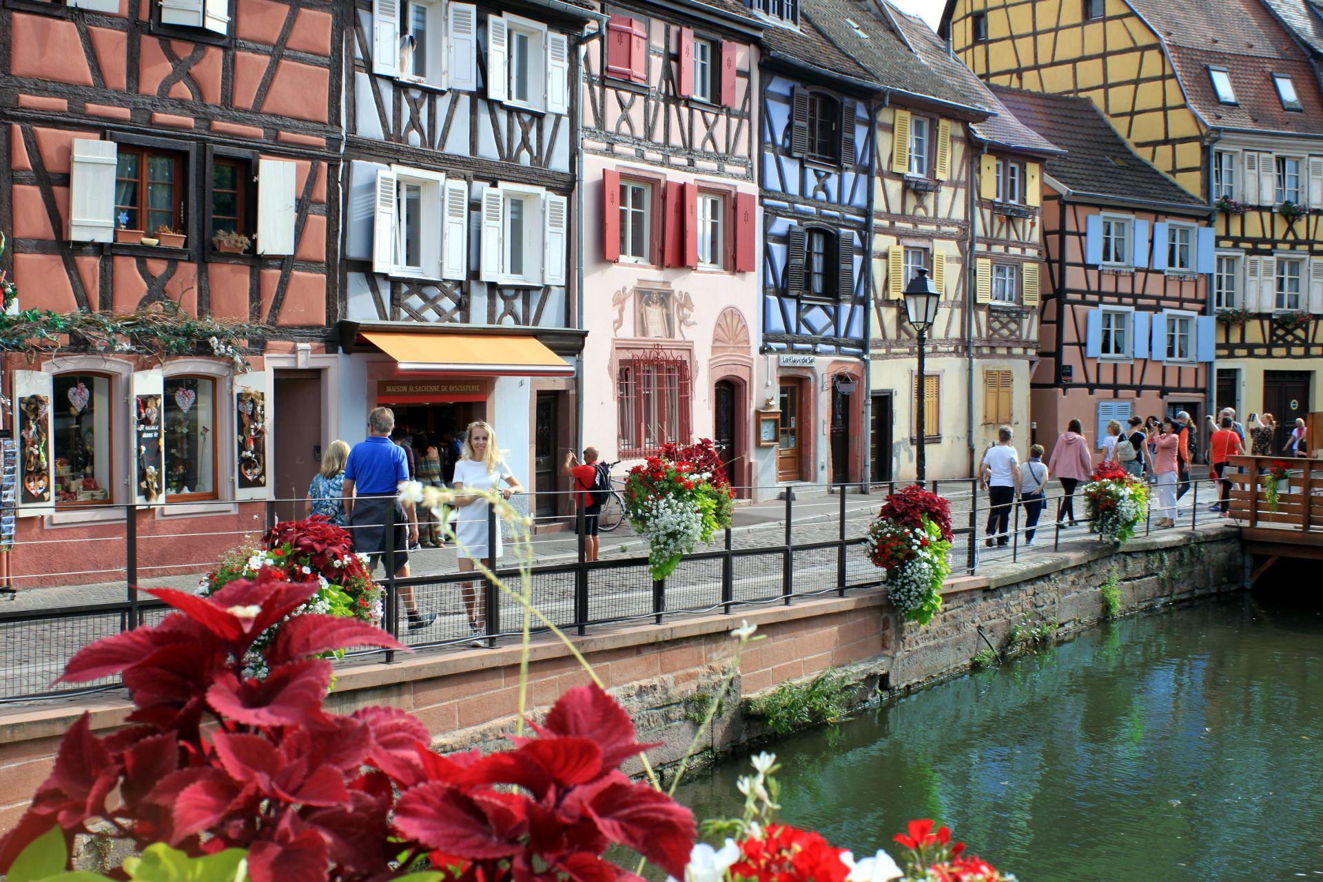 Mała Wenecja Colmar ulica przy rzece Lauch iglawpodrozy