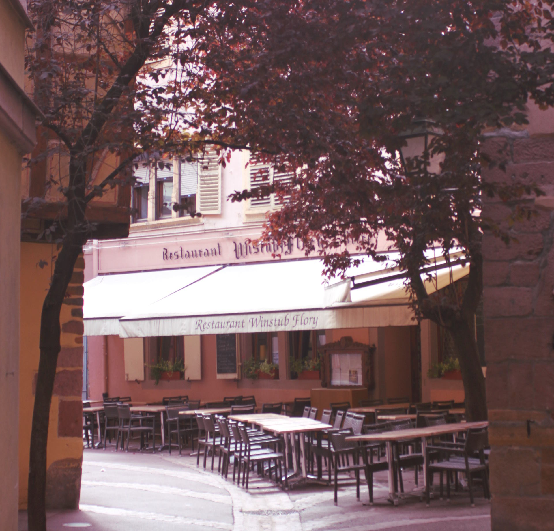 klimatyczne uliczki Colmar iglawpodrozy